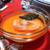 Vellutata di zenzero e zucca con mazzancolla scottata,lime e basilico fritto
